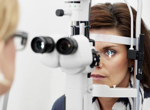 ögondroppar linser synsam